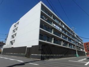 アルファステージ横浜鶴見の外観