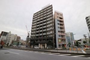 プレール・ドゥーク東京EAST3の外観