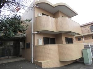 ライオンズマンション新横浜A館の外観