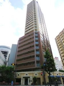 横濱ユーロタワーの外観