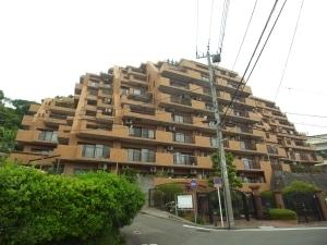 ライオンズマンション横浜ポートビューの外観