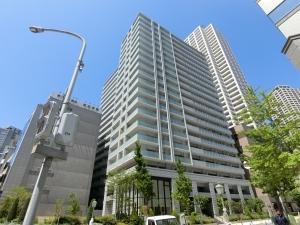 ワコーレ神戸三宮トラッドタワーの外観