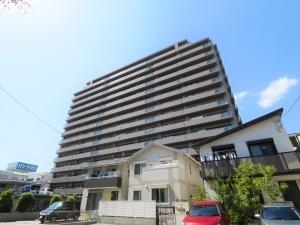 サーパス岐阜駅西の外観