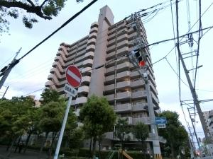 ベルシャトウ阿倍野阪南町の外観