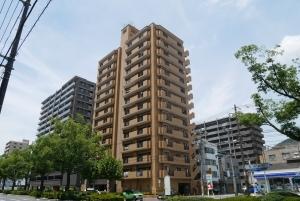 ライオンズマンション呉西中央の外観