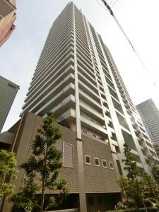 ライオンズマンション大阪スカイタワーの外観