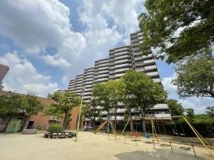 矢田川パークハウスD棟の外観