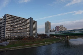 小松川パークマンション弐号棟の外観