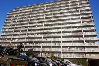 汐浜サンハイツ1号棟の外観