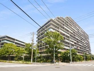 プラウドシティ加賀学園通りの外観