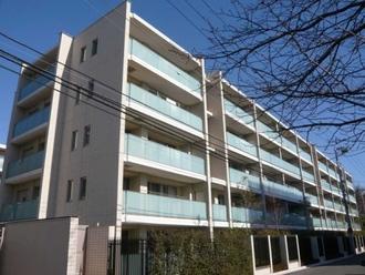 プラウド横濱ヒルトップの外観