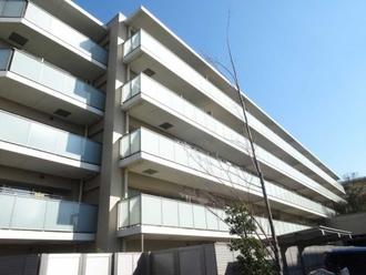 ミソラシア横浜桜ヶ丘G棟の外観