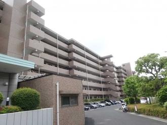 横浜西谷パークホームズの外観