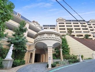 レイディアント横濱ユーロヒルズの外観