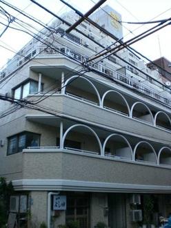 新宿ダイカンプラザシティーIの外観