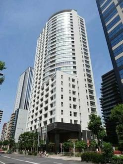 アトラスタワー西新宿の外観