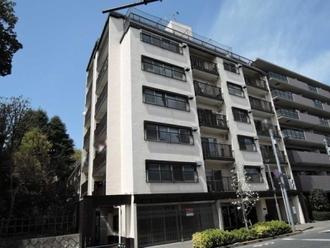 日生住宅小金井マンションの外観