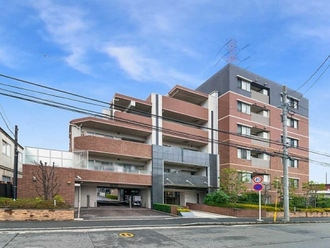 レクセル横浜日吉の外観