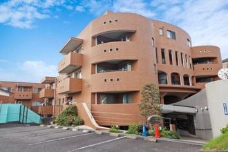 新横浜ビレッジヒルズの外観