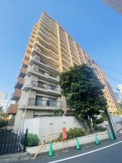 中野本町マンションの外観