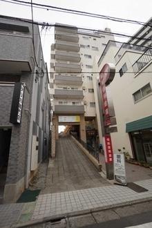 マンション代田橋の外観
