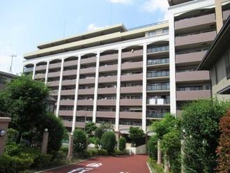 ダイアパレス川口新井宿の外観