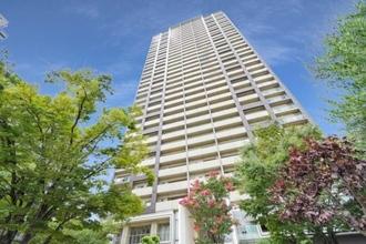 福島ガーデンズタワーの外観