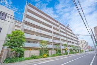 オーベルグランディオ横浜鶴見コンフォートテラスの外観