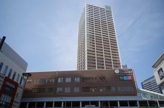 エクラスタワー武蔵小杉の外観