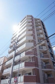 ワコーレ神戸湊山グランアリーナの外観