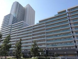 武蔵浦和SKYGARDENA棟の外観