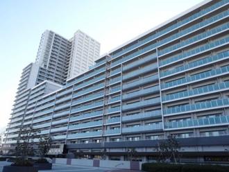 武蔵浦和SKYGARDEND棟の外観