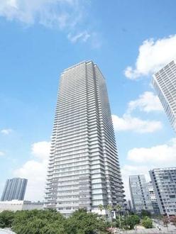 Wコンフォートタワーズ W Comfort TowersEASTの外観