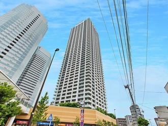 パークタワー新川崎の外観