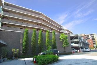 グレーシアガーデンたまプラーザD棟の外観