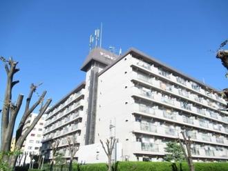 マンション南茨木の外観