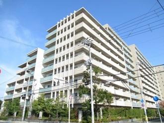 プラウドシティ茨木Avenue Courtの外観