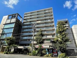 横浜高砂パークハウスの外観