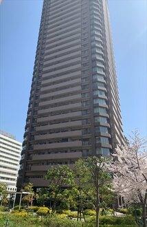ザ・上本町タワーの外観