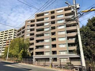 コアマンション桜坂プレジオヒルズの外観