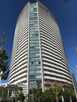 みなとみらいミッドスクエア ザ・タワーレジデンスの外観