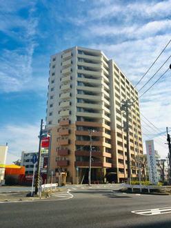 アリュール新川崎の外観