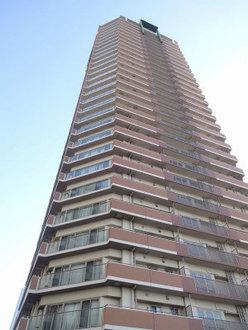 ローレルスクエア大阪ベイタワーの外観