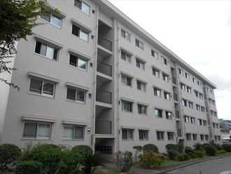 千里山田E住宅の外観