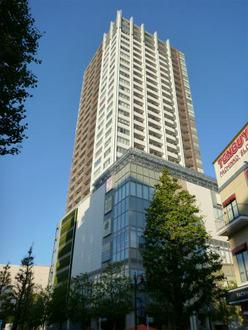 武蔵野タワーズの外観