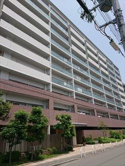 メゾンドール堺・大小路の外観