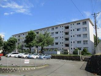 西三田住宅の外観