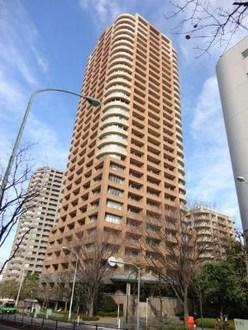 西早稲田パーク・タワーの外観