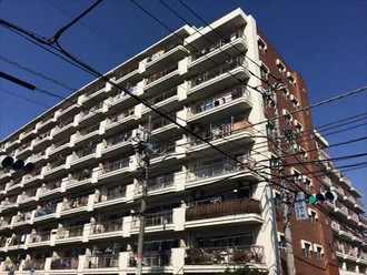 川口サマリヤマンションの外観