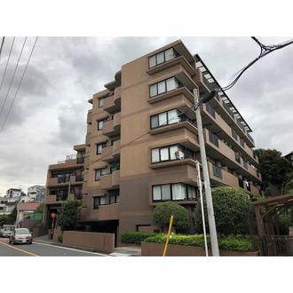 横浜東寺尾パーク・ホームズの外観